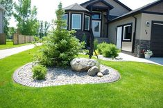 30+ Modern Front Yard Landscaping Ideas With Stone
