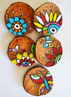Best 12 6 x hand painted bamboo coasters with stand – Ski… Beste 12 6 x handbemalte Bambusuntersetzer mit. Painted Bamboo, Painted Rocks, Stone Painting, Painting On Wood, Home Crafts, Arts And Crafts, Decor Crafts, Diy Crafts, Wood Slice Crafts