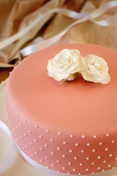 Painted By Cakes: WHITE ROSES
