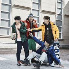 Find images and videos about Ikon, bobby and jinhwan on We Heart It - the app to get lost in what you love. Chanwoo Ikon, Kim Hanbin, Bobby, Ikon Kpop, Koo Jun Hoe, Ikon Debut, Ikon Wallpaper, Funny Boy, Korean Model