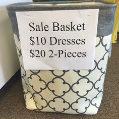 Hi guys! Come check out our New Sale Basket! maxi Dresses are $15, short dresses are $10, jumpsuits are $15, flat sandals are $25, and all other shoes $29. #ShopVividBoutique #BeVividlyYiu #Casual #Huntsville #Everydaywear #LadiesFashion #RocketCity #Heels #Wedges #Modelcall #Clutches #Bodysuits #WomensWear located at 4925 University Dr. Suite 174 Huntsville, AL (in the chili's plaza next door to metro PCS) or give us a call at 256 970-7992 See you soon😊…