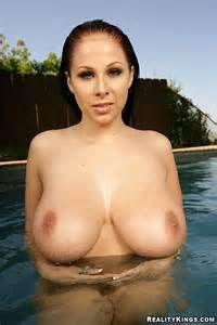 Gianna michaels bikini tits