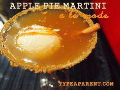 Apple Pie Martini a la Mode Recipe (a great Thanksgiving or Christmas cocktail) via http://typeaparent.com