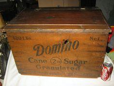 Vintage Wood Crates, Wooden Crate Boxes, Old Crates, Wood Boxes, Old Baskets, Pop Bottles, Country Primitive, Tins, Vintage Advertisements