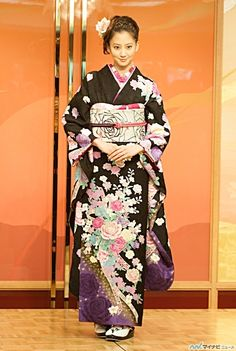 Mayuko Kawakita - actress