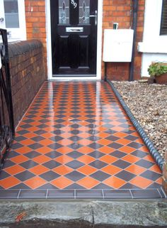 ideas for house front wall victorian terrace Victorian Front Garden, Victorian Front Doors, Victorian Tiles, Victorian Terrace, Victorian House, Victorian Hallway, Front Garden Path, Front Path, Garden Paths