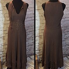 SZ 10 BOSTON PROPER MAXI DRESS This beautiful cotton gauze like dress is fully lined and has beadwork at the waist along with a darling ruffled hem and side zip. There is one loose bead shown in pic but otherwise gently used. HIC-2 Boston Proper Dresses Maxi