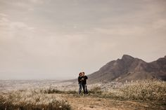 cape town engagement Shoot tips signal hill Couple engaged Photographer mountains Signal Hill, Photoshoot Inspiration, Couple Shoot, Wedding Photoshoot, Engagement Shoots, Cape Town, Beautiful Images, Big Day, Mountains