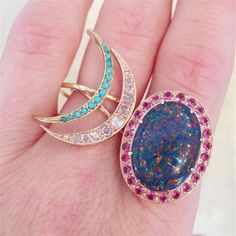 Based in Los Angeles Andrea Forhman draws much of her inspiration from the skies. These rings in 18k gold are part of her celestial and galaxy collection. #LoveGold