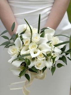 Wedding Bouquet- Crystal White Mini Calla Lilly and White Roses Calla Lillies Bouquet, Calla Lily Bridal Bouquet, Bride Bouquets, Bridal Flowers, Boquet, Rose Bouquet, Lys Calla, Beach Flowers, Perfect Wedding
