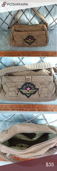 Cute distressed US ARMY GREEN purse BAG patch Cute distressed US ARMY GREEN purse BAG patch with girlie pink star. Great gift. Zip closure. Phone and other compartment inside jolori America Bags