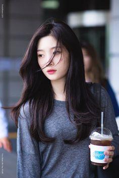Page 3 Read 》CAST《 from the story Fall To Ong Seongwoo by Noonanara (i'm nara) with reads. ☈Semester 2 jurusan Manajemen B. Aesthetic Korea, Aesthetic Girl, Kpop Girl Groups, Kpop Girls, Korean Beauty, Asian Beauty, Korean Bangs, Mamamoo, Jung Chaeyeon