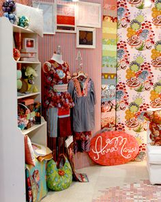 booth---love the fabric/wallpaper