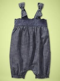 ohh baby gap is going to get me in trouble! luv this!