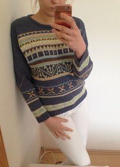 Kup mój przedmiot na #vintedpl http://www.vinted.pl/damska-odziez/swetry-z-dekoltem/17100650-sliczny-sweter-aewoman-36