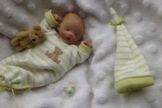 Doll Crafts, Clay Crafts, Baby Girl Newborn, Baby Boy, Barbies Pics, Clay Baby, Polymer Clay Dolls, Tiny Dolls, Barbie Collection