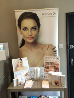Don't forget to pick up your @Skinade when visiting  @HandAClinic stock going fast #BetterSkin #ImprovedResults