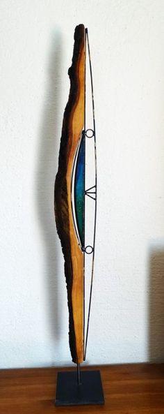 Skulptur aus Olivenholz und Glas
