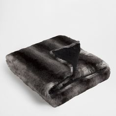 TWO-TONE FUR BLANKET - Throws - Decor and pillows | Zara Home United States