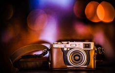 Fujifilm is truley one of the most beautiful cameras I've ever used. So stylish so sexy :) Look at the Bokeh of incredible sony Zeiss ZA Zeiss, Bokeh, Fujifilm, Still Life, Most Beautiful, The Incredibles, King, Retro, Abstract