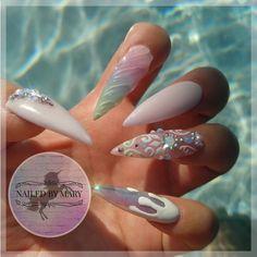 Unicorn white iridescent chrome Kylie Jenner Swarovski crystals stiletto long cute pastel pretty rainbow nails