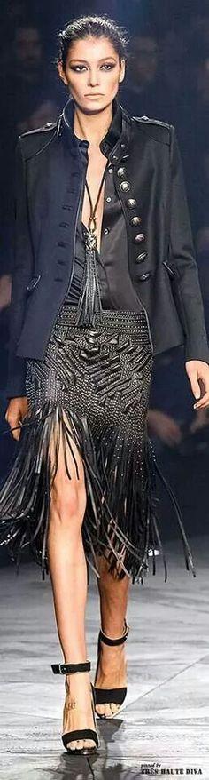 WWW.BelExplores.org ❥❥❥❥❥❥❥❥❥❥❥❥❥❥❥❥❥❥❥❥❥❥❥❥❥❥❥  Roberto Cavalli GORG!!   Luv that skirt!  Skirt!