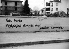 Ich schrieb an die Wand Graffiti - stille Notiz - Graffiti-Liebe # DuvaryazÄ . Fake Photo, Tattoo Quotes, Cool Photos, Graffiti, Writing, Wall, Mood, Nice, Memes