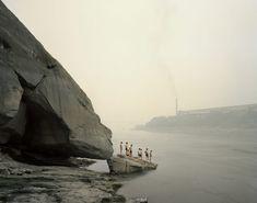 "Yibin I (Bathers), Sichuan Province. From Nadav Kander's ""Yangtze: The Long River,"" A photo essay on China's longest river. Stephen Shore, Edward Hopper, World Photography, Photography Awards, Inspiring Photography, Color Photography, Photography Lessons, Street Photography, Landscape Photography"