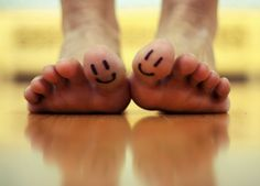 I REALLY want a smiley face tattoo on my toe!