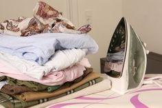 Das Stärken der Wäschen mit Kartoffel-, Mais- oder Reisstärke ist stark in Vergessenheit geraten. Kaum ein Privathaushalt stärkt heute noch Tischdecken, Schürzen, Hemden oder Gardinen. Dabei bietet diese Art der Wäschepflege einige Vorteile.