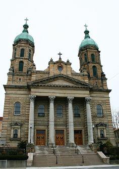 Catholic Church IMG_0712 / http://www.contactchristians.com/catholic-church-img_0712/