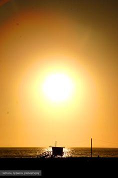 Sunset over a lifeguard tower, Santa Monica, California, USA