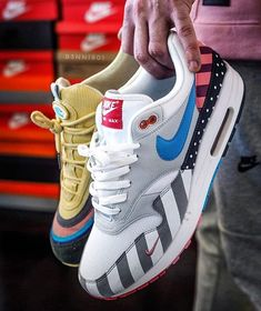 """promo code 0af1d 56868 GetSwooshed on Instagram  """"- Who wins   pietparra or  sean wotherspoon  👥  By  b3nni801 🔥 Click the link in our bio to shop."""