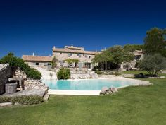 Photos gallery of the Mas de la Rose, luxury hotel in Provence Tuscan Design, Tuscan Style, Mediterranean Style, French Exterior, My French Country Home, Farm Stay, French Countryside, Beautiful Hotels, Beautiful Places