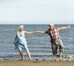 Old, but young at heart & in love couples::