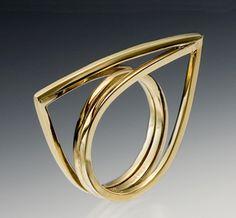Diavolo: Emanuela Duca, Gold Ring