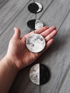 Moon Phase Wall Hanging Moon Garland Lunar Phases Moon Wall Decor Black and White Moon Phases Crystal Moon Phase Moon Wall Hanging Crystal – Diy Garland 2020 Keramik Design, Lunar Phase, Hanging Crystals, Paperclay, Clear Quartz Crystal, Moon Phases, Moon Moon, Black Decor, Resin Crafts
