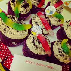 Max and Ruby  Max's worm cakes