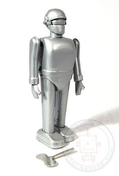 """Vintage Tin Robot. 1951 """"The Day the Earth Stood Still"""" Film."""