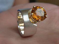 """Toller Palmera-Citrin. Handgearbeitetes Unikat, das auffällt: Ring """"Queen-Citrin"""" von GoldschmiedeNorwinVitten auf DaWanda.com"""