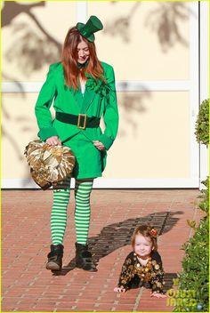 Alyson Hannigan & Family: Leprechaun Hallowen Costume 2013!