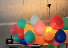 Upside Down Balloons – A Fun Party Twist! Upside Down Balloons – A Fun Party Twist!,Kids Party Ideas Upside down balloons = cost effective, cute party decorations! Party Box, Art Party, Party Time, Grad Parties, Holiday Parties, Golf Birthday Parties, Birthday Balloons, Hanging Balloons, Helium Balloons