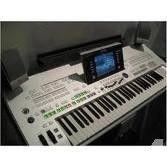 Yamaha Tyros 3 61 keyboard arranger workstation::::1800 Euro
