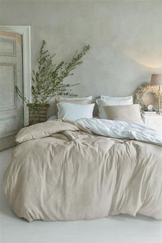 Home Decor Living Room .Home Decor Living Room Room Ideas Bedroom, Cozy Bedroom, Bedroom Inspo, Dream Bedroom, Bedroom Furniture, Master Bedroom, Bedroom Decor, Bedroom Inspiration, Linen Bedroom