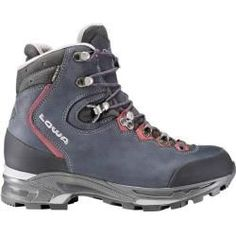 Lowa Mauria GTX Flex (Women's)You are in the right place about women boots outfits Here we offer you the most beautiful pictures about the women boots waterproof you are looking for. When you examine the Lowa Mauria GTX Flex (Women's) part Camping Outfits, Hiking Boots Women, Hiking Shoes, Trekking Shoes, Mode Masculine, Boot Cuffs, Mode Outfits, Bordeaux, Combat Boots