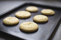 Biscoito de Fubá com Erva Doce - A Mesa da Carolina