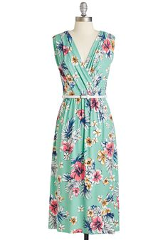 Summer Dress Inspiration : Style Guide: Pretty Spring Dresses from Modcloth Retro Vintage Dresses, Vintage Inspired Dresses, Mod Dress, Dress Up, Maxi Outfits, Quirky Fashion, Feminine Dress, Spring Dresses, Pretty Dresses