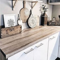 #dcfix self adhesive films are an easy way to make a statement in your kitchen! @interior.mum used our design oak Sonoma to update this countertop! . Donnez du caractère à votre cuisine en un tour de main avec les adhésifs décoratifs d-c-fix! @interior.mum a rénové son plan de travail avec notre décor chêne Sonoma! . . #dchome #kitchen #kitchendecor #kitchendesign #kitchenremodel #cuisine #countertops #wood #bois #oak #sonoma #cosy #homesweethome #homedecor #homedecoration #decoration… Kitchen Worktop, Living Room Kitchen, Kitchen Diy Makeover, Sticky Back Plastic, Kitchen Vinyl, Vinyl Wrap Kitchen, Kitchen Transformation, Dc Fix Kitchen, Vinyl Countertops