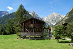 Project: Hütte in Praz de Fort - Unlimited Perspective SA Bari, Lausanne, Cabin In The Woods, Shelter, Mountains, House Styles, Modern, Projects, Sheds