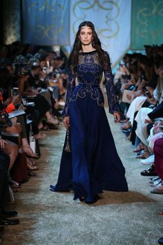 Gown for Luthien - Elie Saab Haute Couture Autumn The Tale Of Fallen Kings Elie Saab Haute Couture, Haute Couture Fashion, High Fashion, Runway Fashion, Fashion Show, Fall Fashion, Evening Dresses, Prom Dresses, Formal Dresses
